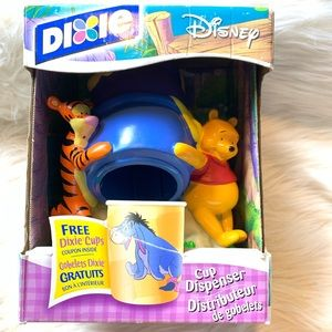 NWOT Dixie Disney Winnie The Pooh Cup Dispenser.